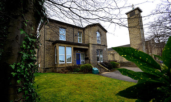 Independent Living at Kirkview, Shipley - Banner